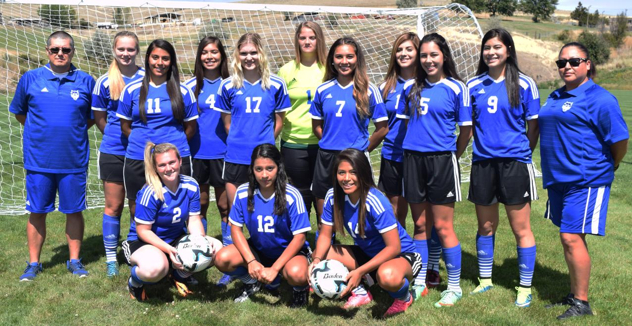 2016 Womens Soccer Team CROPPED
